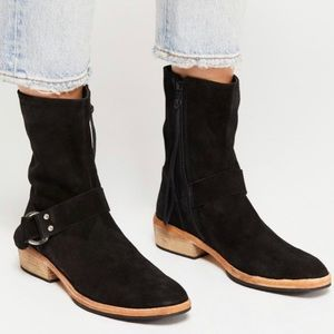 NWOT Free People Vienna Suede Back Booties